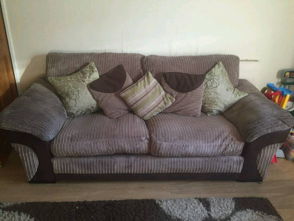 3 seater dfs sofa (can deliver if needed)