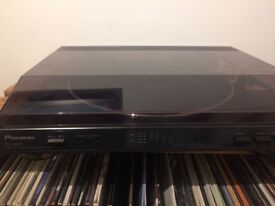 Automatic turntable / record player, Pioneer Pl-990: hardly used, in good condition