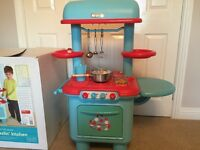 Children's Sizzling Play Kitchen Age 3 - 8, Cooker, Dishwasher, Sink, Sizzling Sound Hop and more