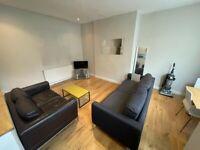 2 bedroom house in Graham Grove, LEEDS, LS4