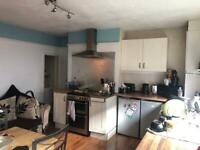Double room to rent in house share.