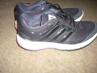 ADIDAS TRAINERS GIRLS/WOMEN SIZE 6 GOOD CONDITION