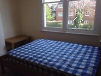 Nice double room in the heart of London 7 minutes walk to London Eye and Big Ben