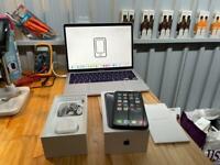 iPhone XR 64gb Black Unlocked - Boxed