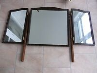 LOVELY STAG DRESSING TABLE TRIPLE MIRROR