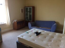 2 room Flat Super Cheap & Amazing Area !!!!!