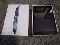 LIKE NEW condition iPad Mini Space Grey 16gb WI-FI with Case