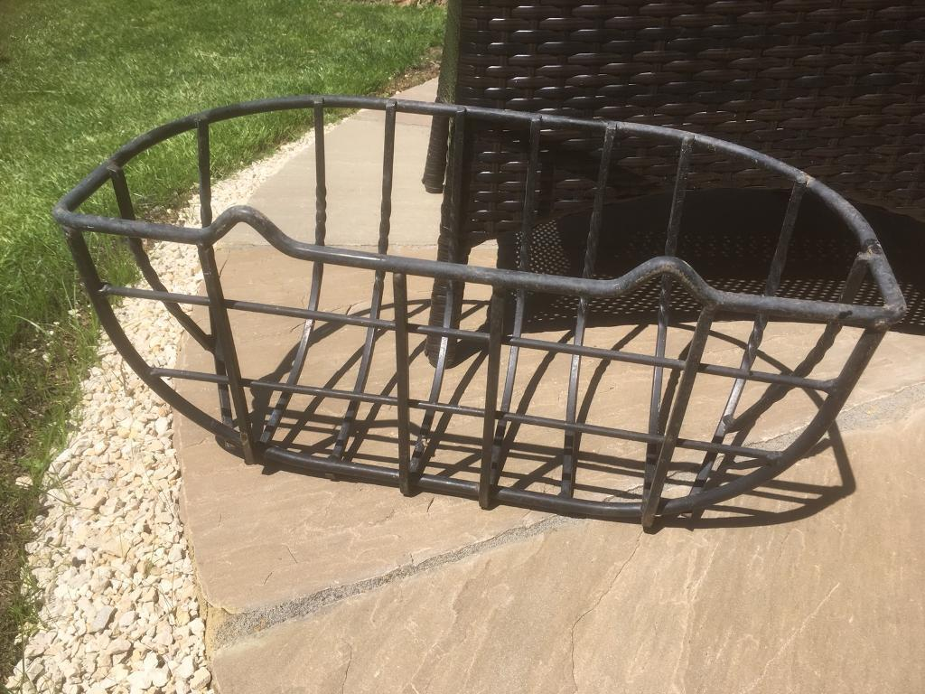 "20"" wall basket"