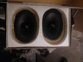 Car speakers quality 140w 6x9 boxed good condition