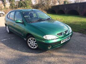 ***2002 Renault Megane 1.4 petrol 5 door fiji**