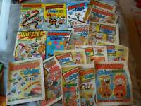 Job lot vintage annuals and comics