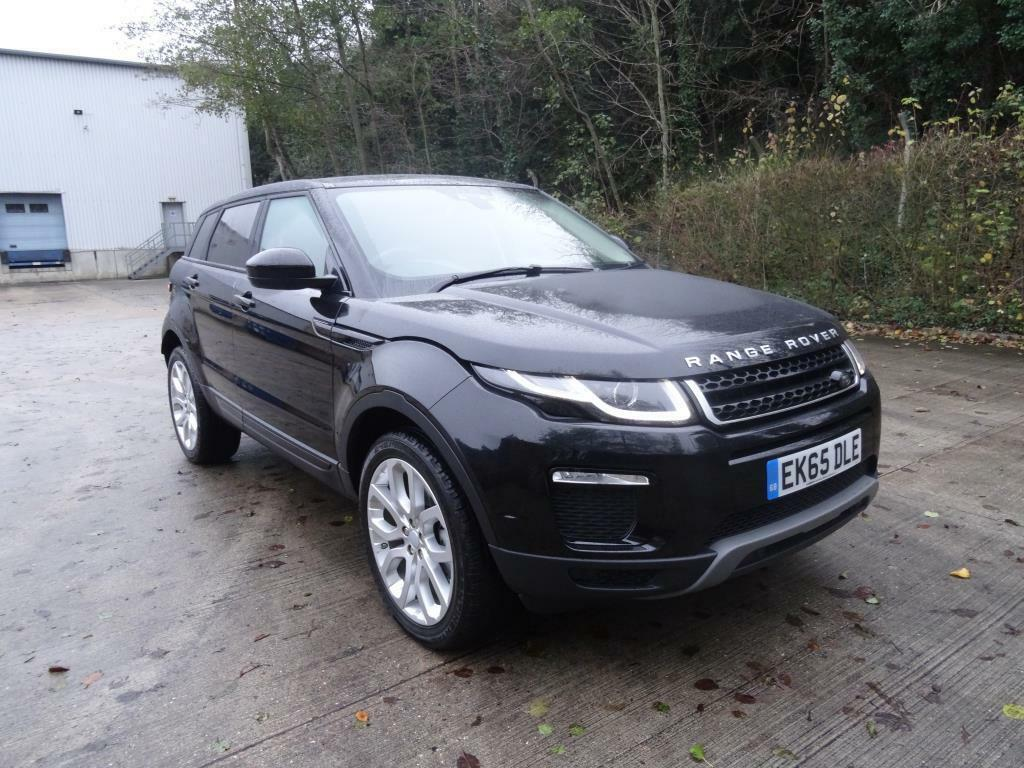 land rover range rover evoque 2 0 td4 se tech 5dr black 2015 10 13 in bishops stortford. Black Bedroom Furniture Sets. Home Design Ideas