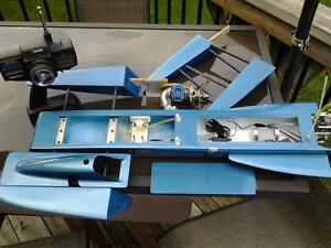 RC 3.5 Hawk outrigger Hydroplane London Ontario image 3