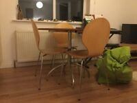 Great condition round table with 4 chairs