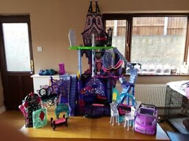 Monster high catacombs castle