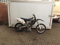 Motorcross bike crf450