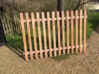 5 x Picket Fence Panels 1.8m (w) x 1.2m (h)