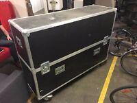 Black flight case H 118cm D 53cm L 160cm