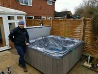 6 person Hot Tub Brand new