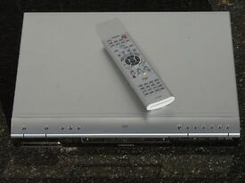 TOSHIBA D-R1 - DVD RECORDER & Player - with Remote - ( DVD-RAM / DVD-R / DVD-RW ) - Progressive Scan