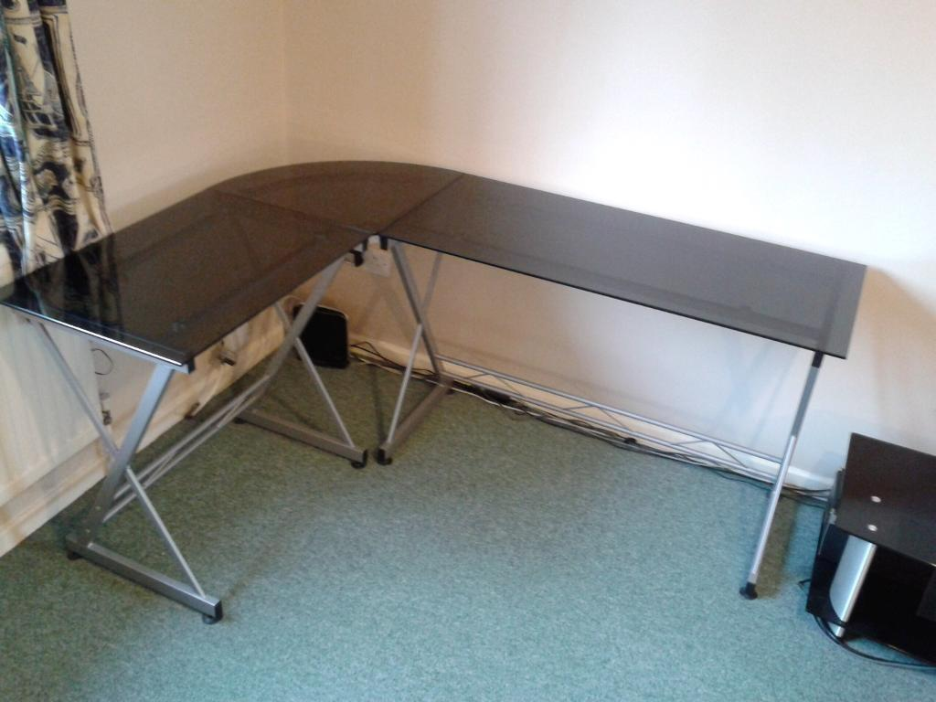 Used fice Desks & Tables for Sale for sale in Cambridge