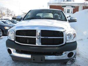 2008 Dodge Ram 2500 SLT,p/w p/l,4x4 6 cyl diesel,4 door,keyless