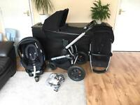 Quinny Buzz Xtra, foldable Carrycot, Maxi Cosi car seat and ISOfix base