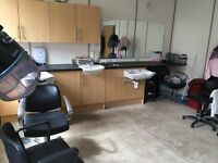 Hairdressing Salon to rent in central Slough - £70 per day