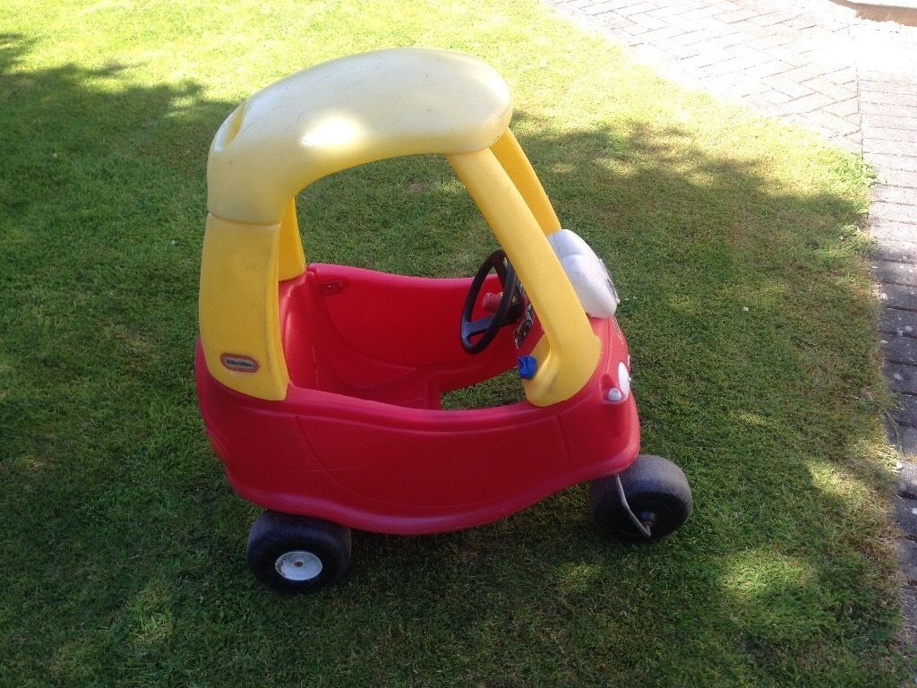 Little tikes cozy coupe carin Thornbury, BristolGumtree - Little tikes cozy coupe car, lovely little car, good condition , waiting for new little owner
