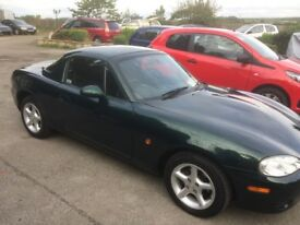 Mazda mx5 1.8 mk2.5 metallic green with matching hard top new discs and pads all round 85k vgc