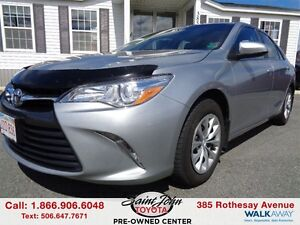 2015 Toyota Camry LE $149.28 BI WEEKLY!!!