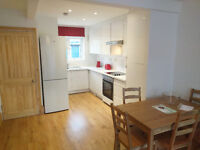 Large double room in lovely refurbished 2-bedroom flat