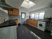 SPACIOUS 2 BED GROUND FLOOR FLAT PRIME LOCATION