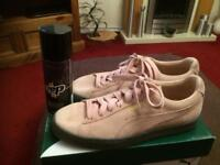 Puma animal pink suede trainers size 7