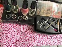Nail art kit and nail colours