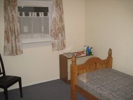 Single room with shared bath, kitchen, toilets , sitting room, FREE WIFI ,includes all white goods