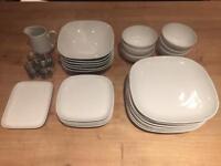 Dinnerware & crockery set