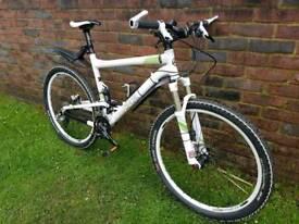 Commencal super 4team mountain bike soft tail