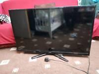 """Luxor 40"""" FULL HD LED TV"""