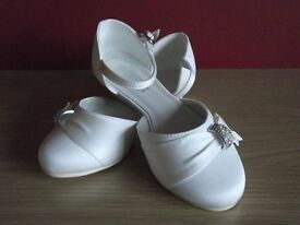 Ivory Wedge Heel Bridesmaid Shoes, size 3