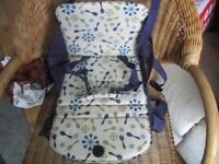 MUNCHKINS CHILDS BOOSTER SEAT