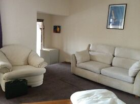 Spacious Double in a Well presented 3 bedrooms shared flat