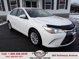 2015 Toyota Camry LE $135.89 BI WEEKLY!!!