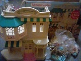 Sylvanian family applewood department store with box