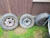 3 wheels off a megane