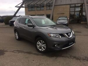2016 Nissan Rogue SV AWD, PANO SUNROOF, HEATED SEATS, BACKUP CAM