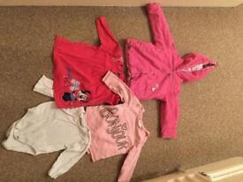 Bundle of clothes 6-9 months