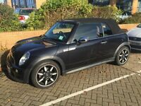 Black Mini Cooper S, Tiptronic gears, heated seats, half /full sunroof, DAB, fantastic car