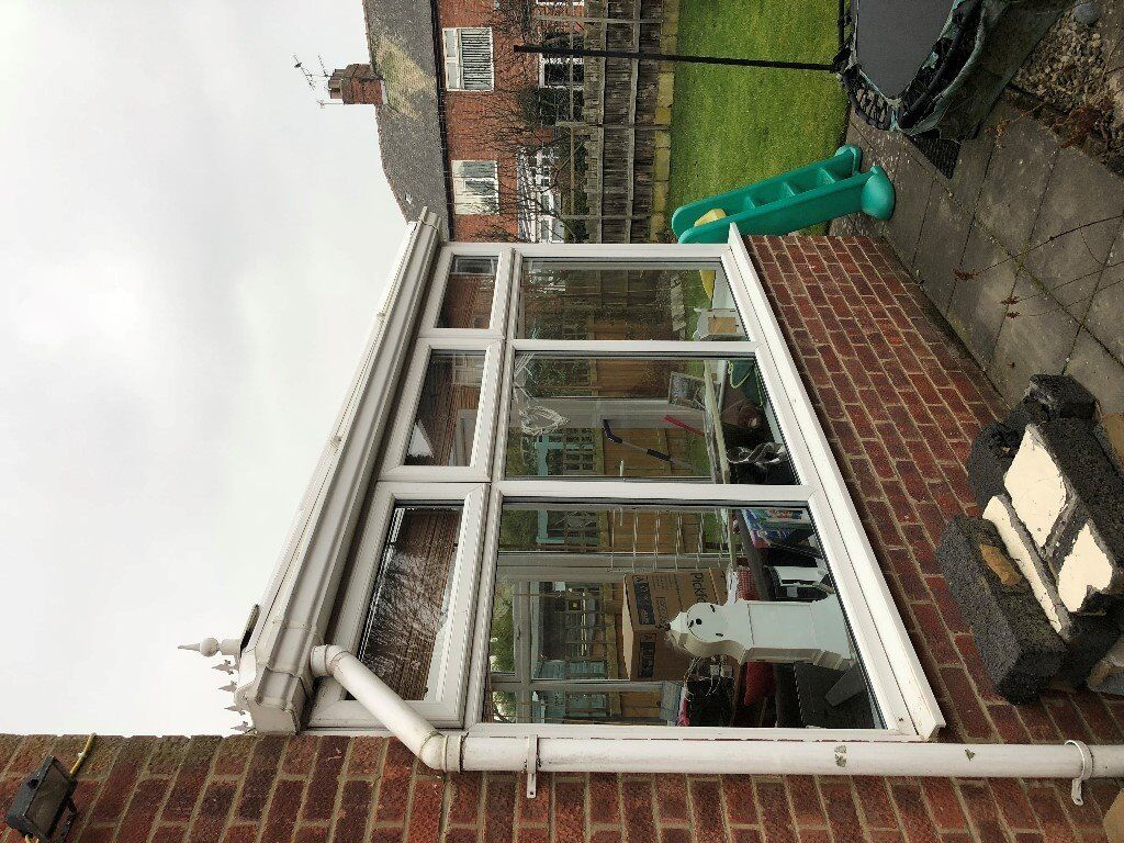 Used White UPVC Conservatory 4.6mtr x 3mtr For Sale