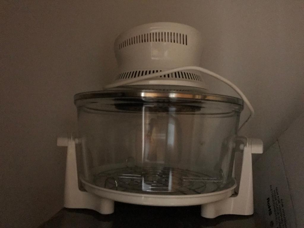 Halogen oven from Russell Hobbs
